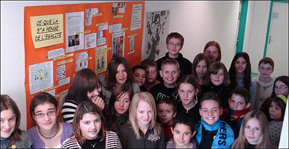 kids at school in france