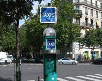 ponto de taxi paris
